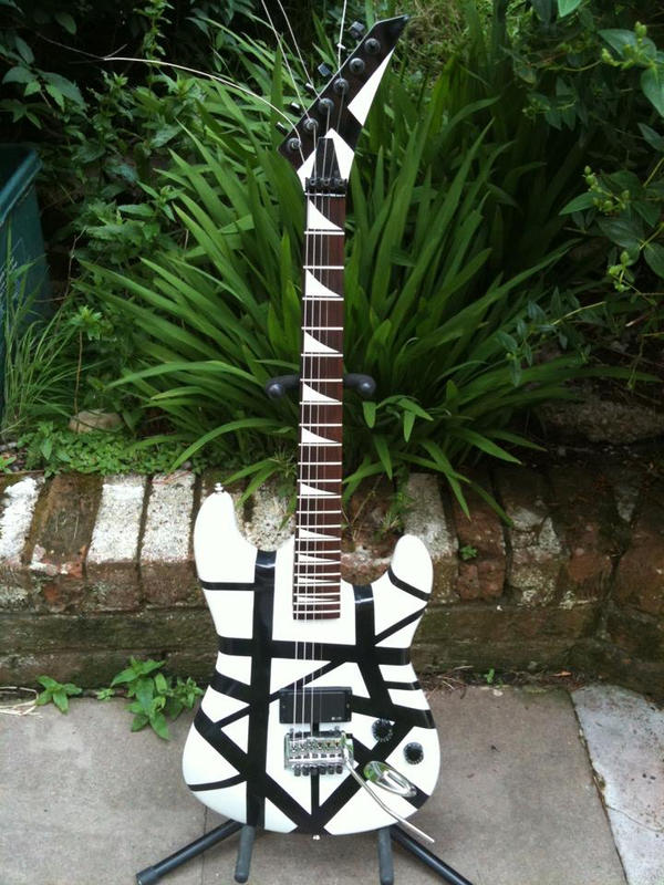 relic guitar restorated by imagist