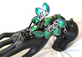 Green and Black Chainmaille Dragon Handlower by SilverHauntArmoury