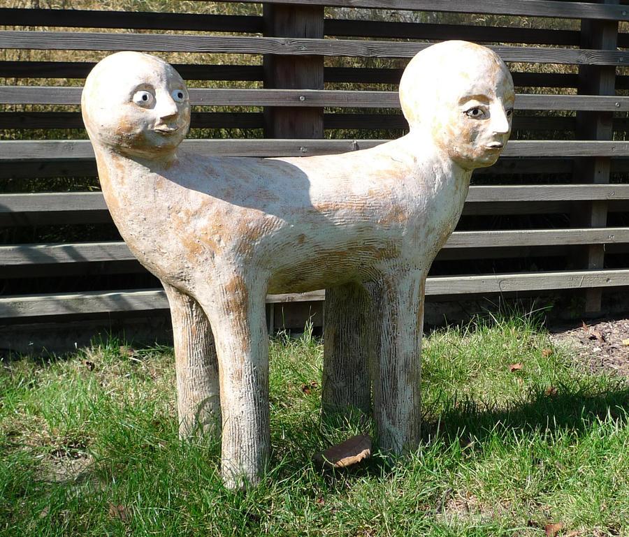 two-headed statue by Kopfinger