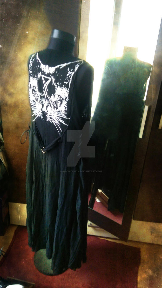 Gothic jumper skirt (back view)