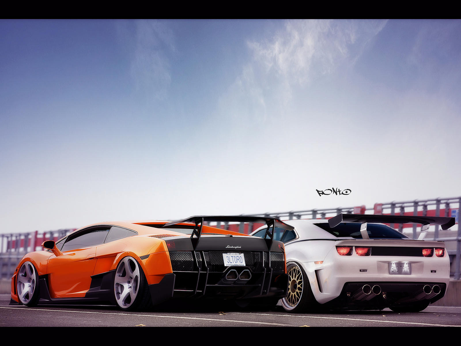 Gallardo Vs. Camaro by pont0