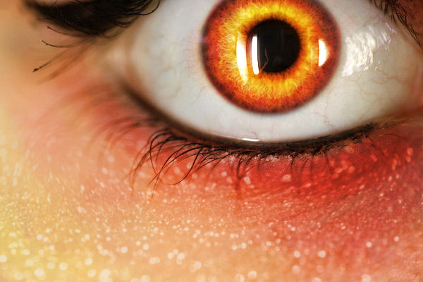 amber eye by mouers on DeviantArt