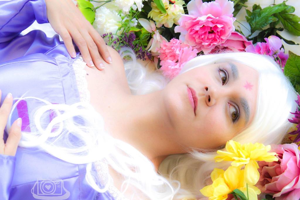 Lady Amalthea by Yunie-chan