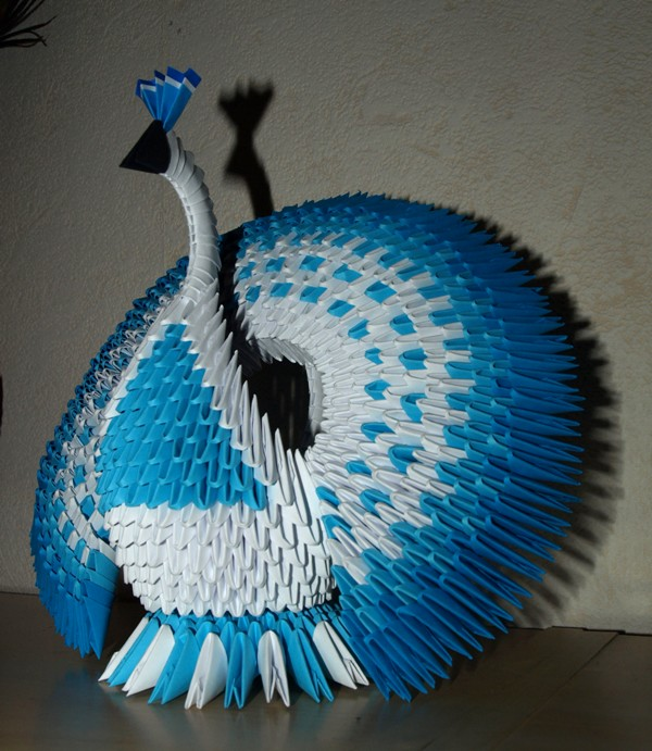 Origami: Peacock - Instructions in English (BR) - YouTube   691x600