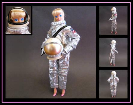 Barbie (TS3 astronaut disguise) custom doll