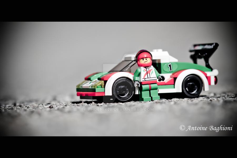 Racing car by Phoenix2b