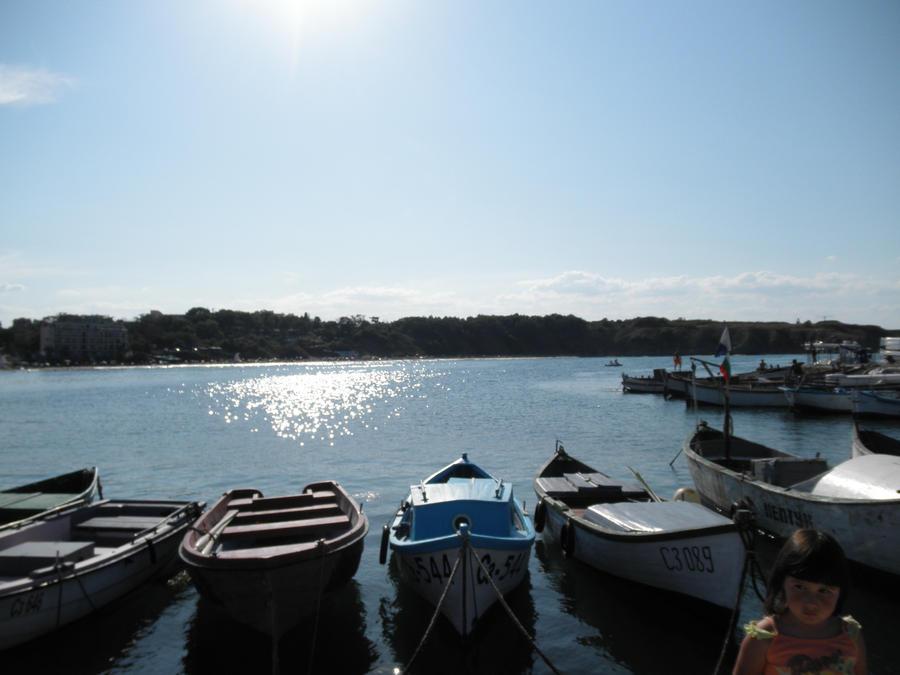 sun_boats by boliarka