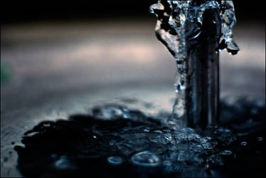 water.2 by hnji