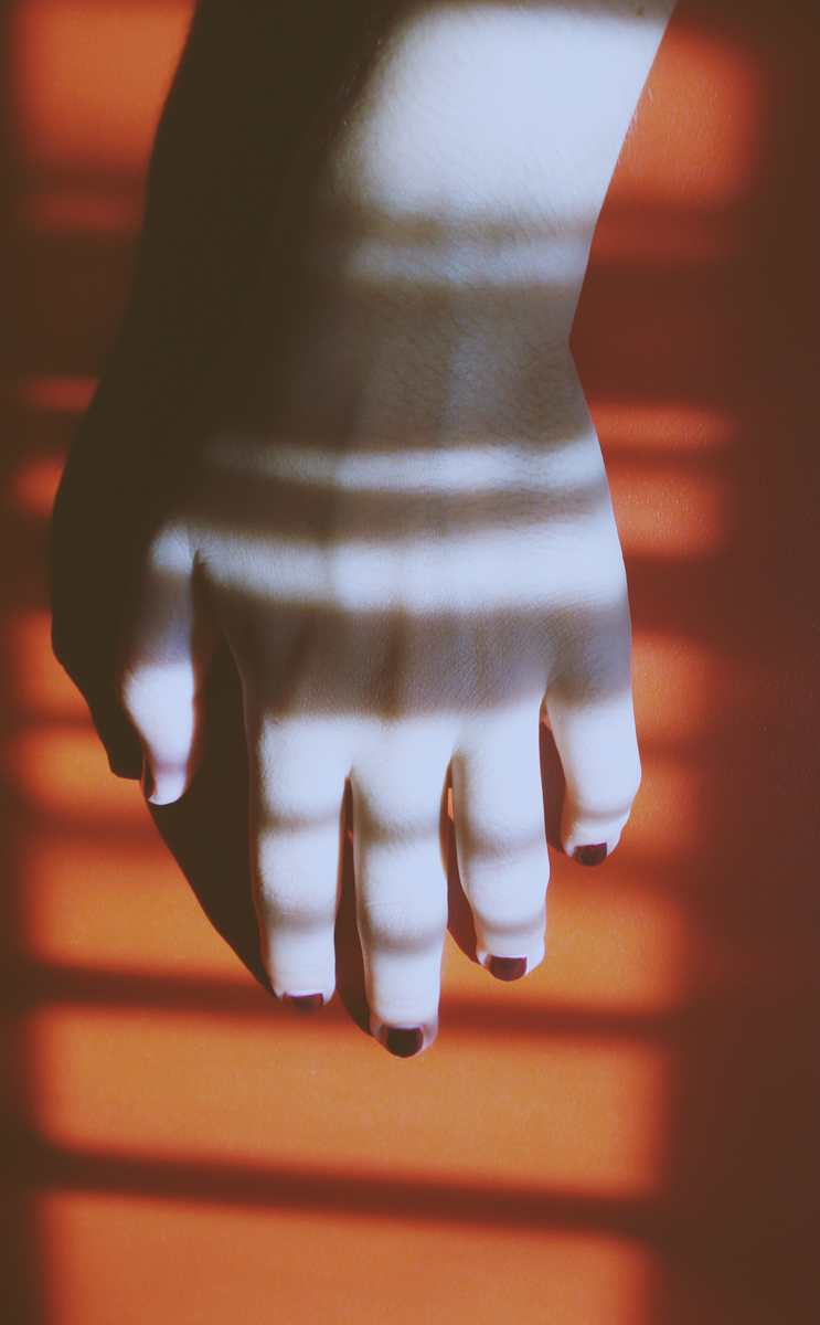 hand. by hnji