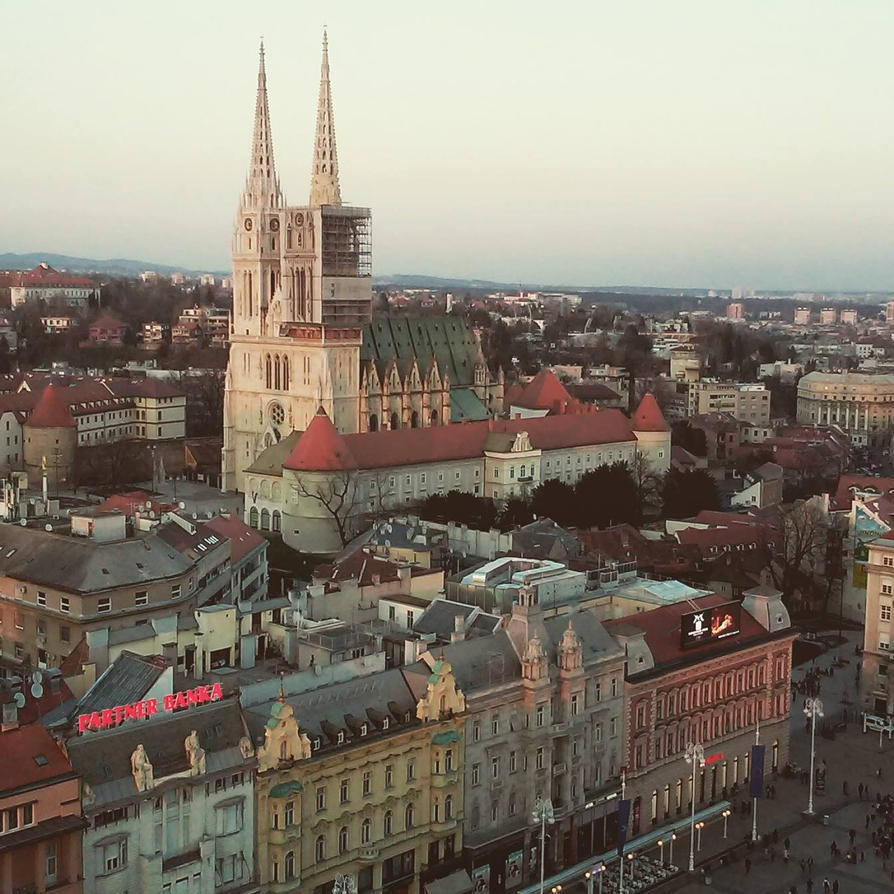 Zagreb Cathedral by hnji