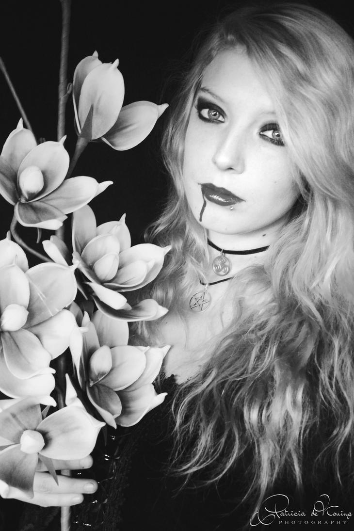Kaylee by electrogrunge