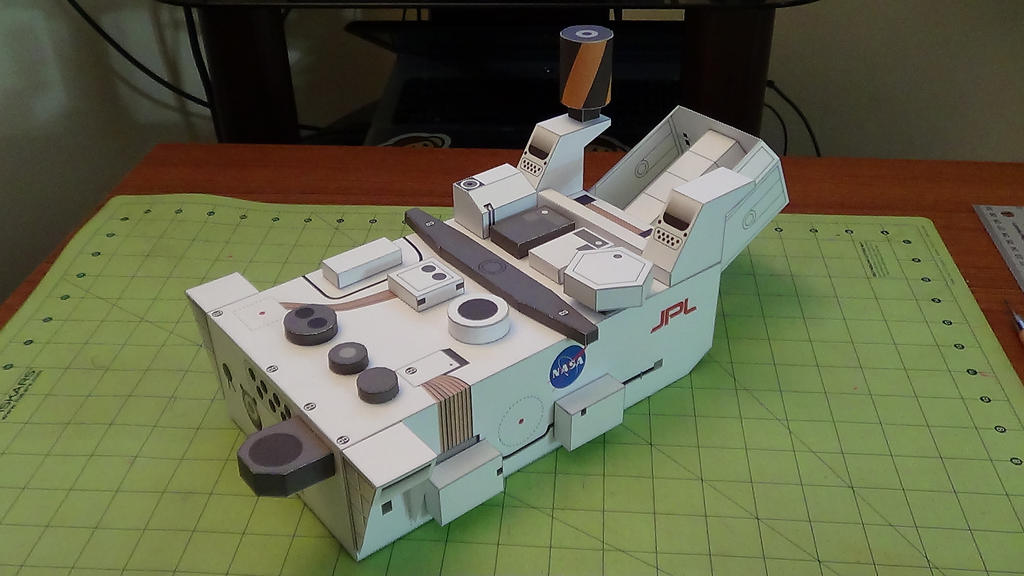 Curiosity Rover Papercraft (2) by devastator006 on DeviantArt