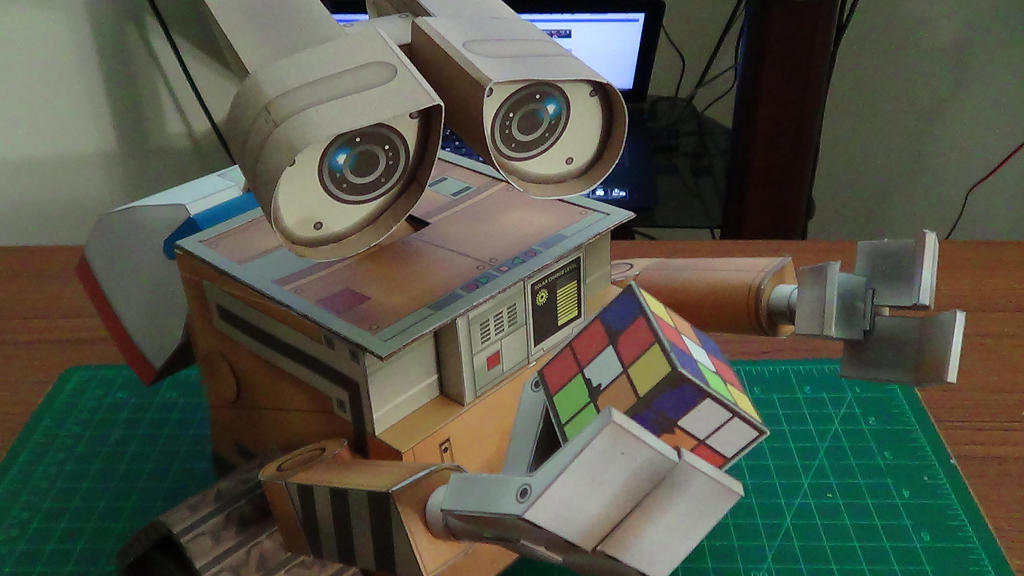 Wall-E (8) by devastator006
