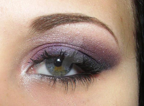 Makeup by DinoGreenSharpie