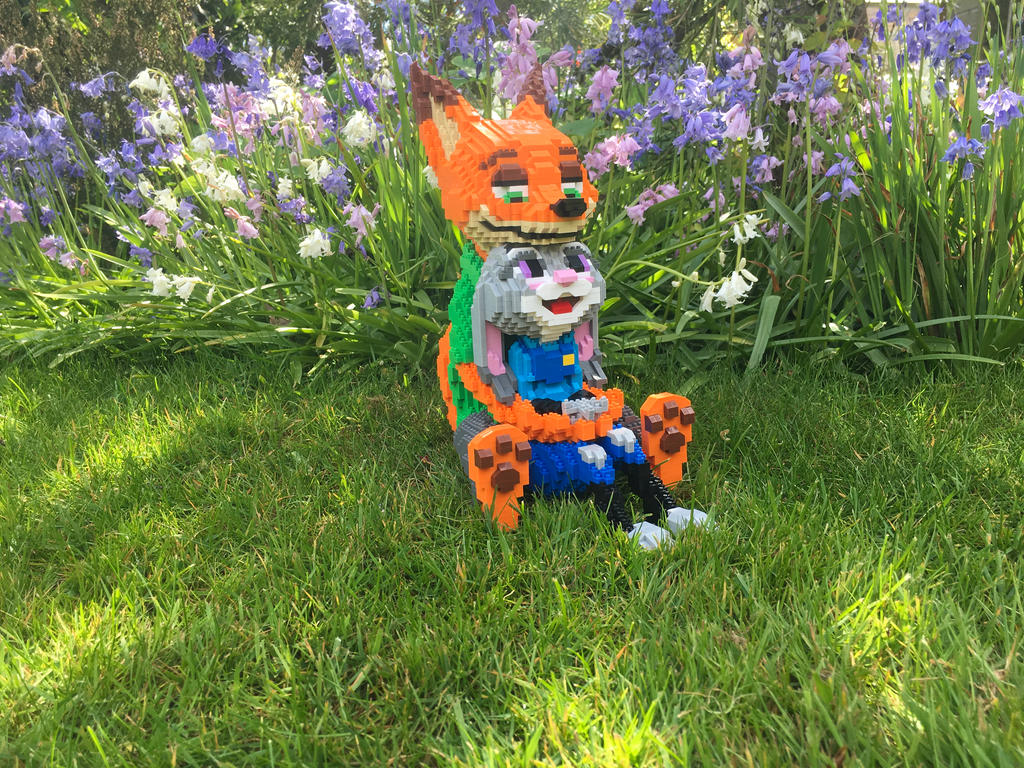 Nick and Judy (not-quite) Lego Set!