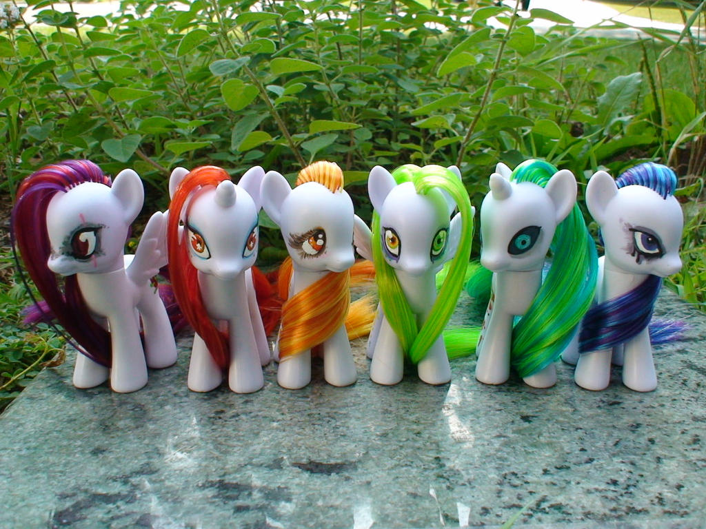 Fruit Rainbow Ponies: PART TWO by Vampasaurus