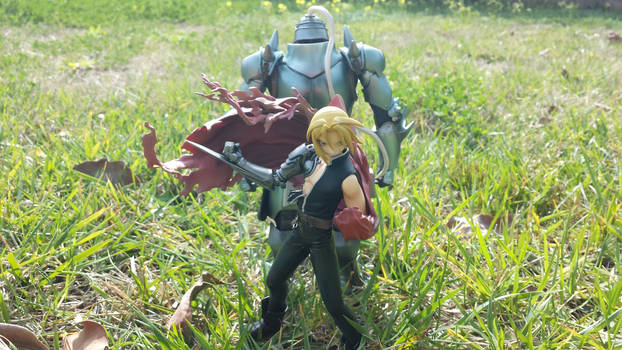 Fullmetal Alchemist - Edward and Alphonse