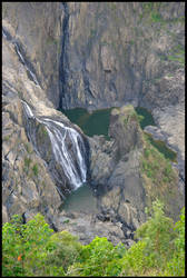 Emerald Falls by Ramio