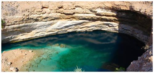 Bimmah Sinkhole by Ramio