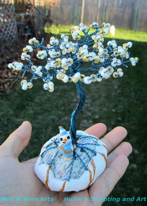 Winter Wonderland wire tree with snowman by HollieBollie