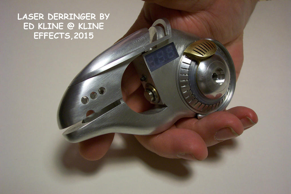 Laser Derringer by lorddarke
