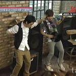 G-Dragon SeungRi Dorky Dance by Aki-likes-your-ART