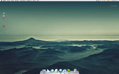New Desktop Screenshot by elajes