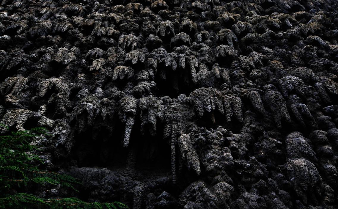 Creepy Wall by MeGustaDeviantart