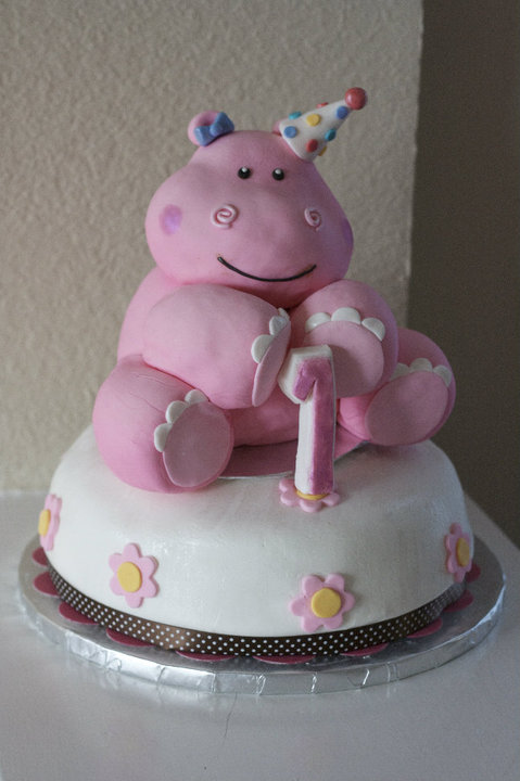 Pink Hippo Cake By Annimemanga