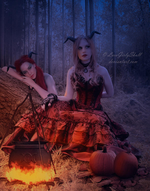 Halloween creatures by LaraGirlySkull