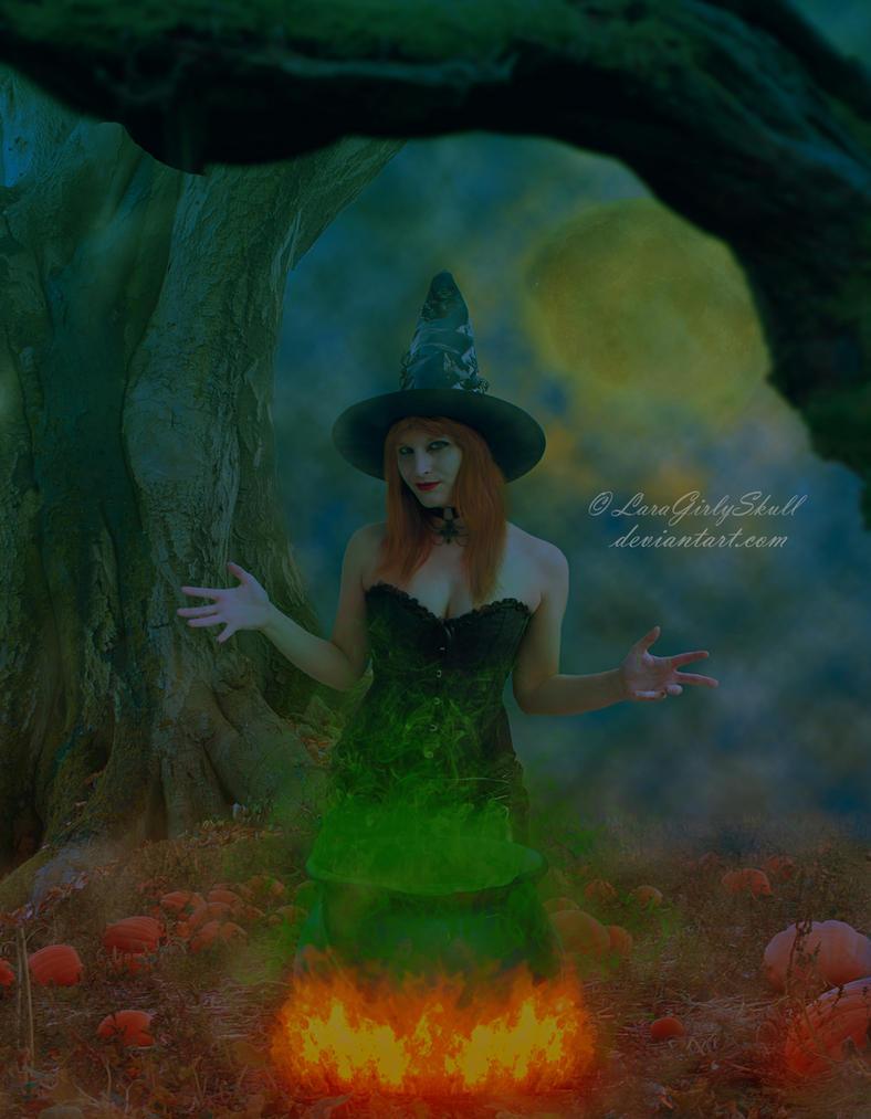 Halloween witch by LaraGirlySkull