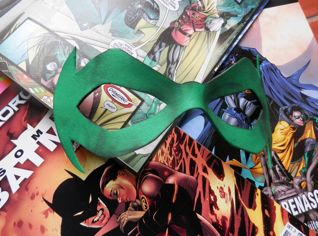 Damian Wayne mask by minihumanoid