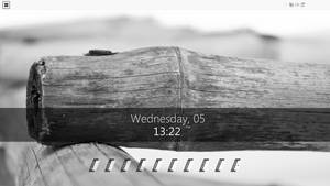 March desktop: minimal rainmeter desktop by razvandesign