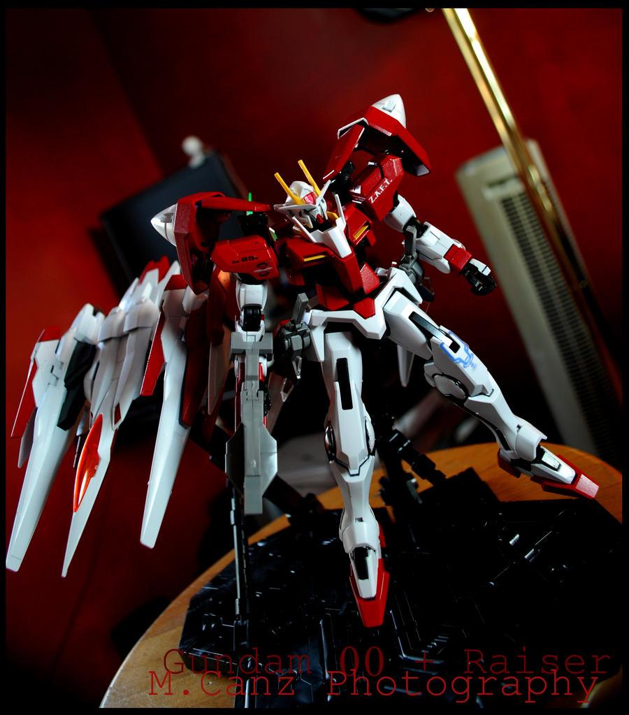 Gundam 00 with 0 Raiser by Treize26