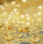 Golden Sparkling Water Drops