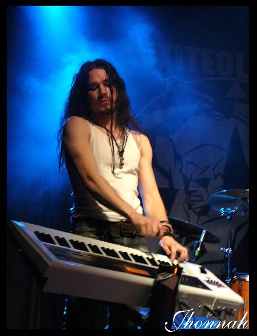http://fc05.deviantart.com/fs24/f/2007/330/f/e/Nightwish__Tuomas_XII_by_jhonnah.jpg