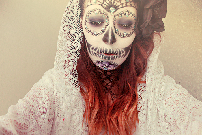 Behind the curtain II by MUA-Maano