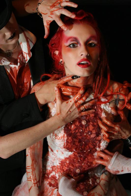 Wedding Dress Massacre by beverlywretched - Gelinlikli Avatarlar