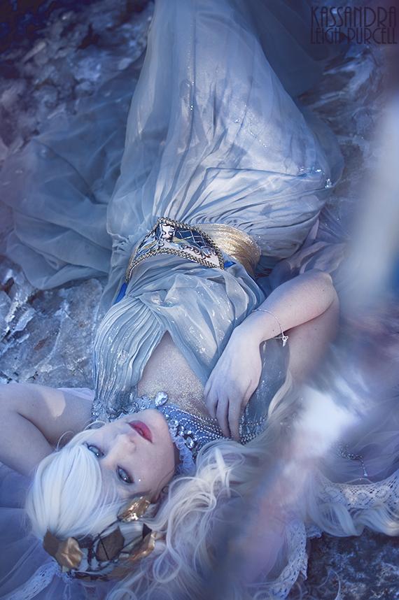 Lunar Prophet: Pt 2. by KassandraLeigh
