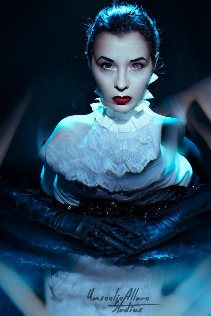Bela La Leighosa. by KassandraLeigh