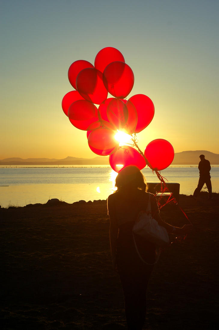 Red balloons photography the image kid for What to do with balloons