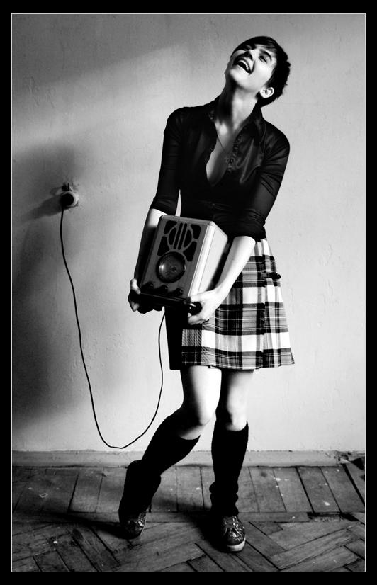 acoustic freak by TheLastRomance