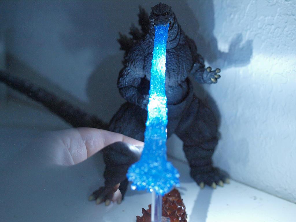 Monsterarts Godzilla Atomic Breath (4) by Darkeyedkid on ...