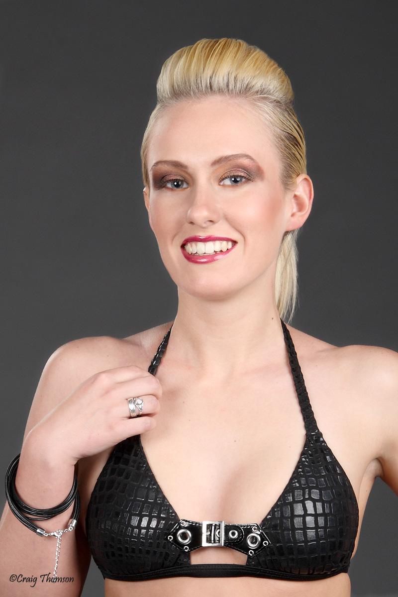 Paparazzi Amy Dalby  naked (84 fotos), YouTube, swimsuit