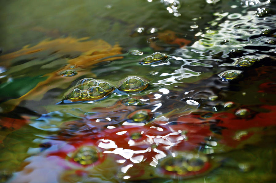 Bubbles in a koi pond by k3jennycupcakes on deviantart for Koi pond bubble