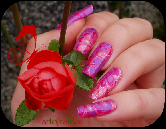 water marble left hand by Tartofraises