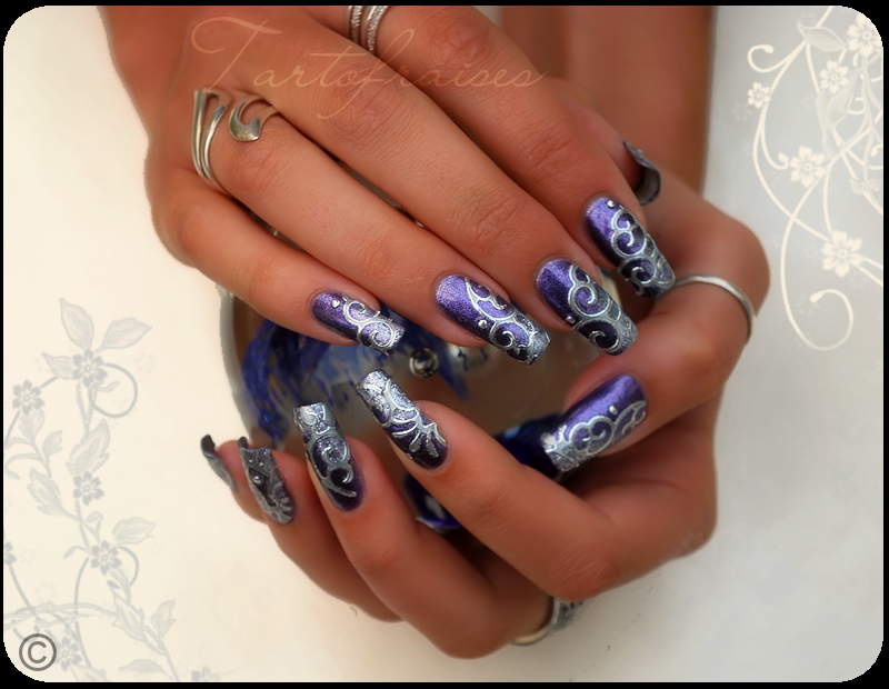 Nail arts Futurist_by_tartofraises-d315pbp