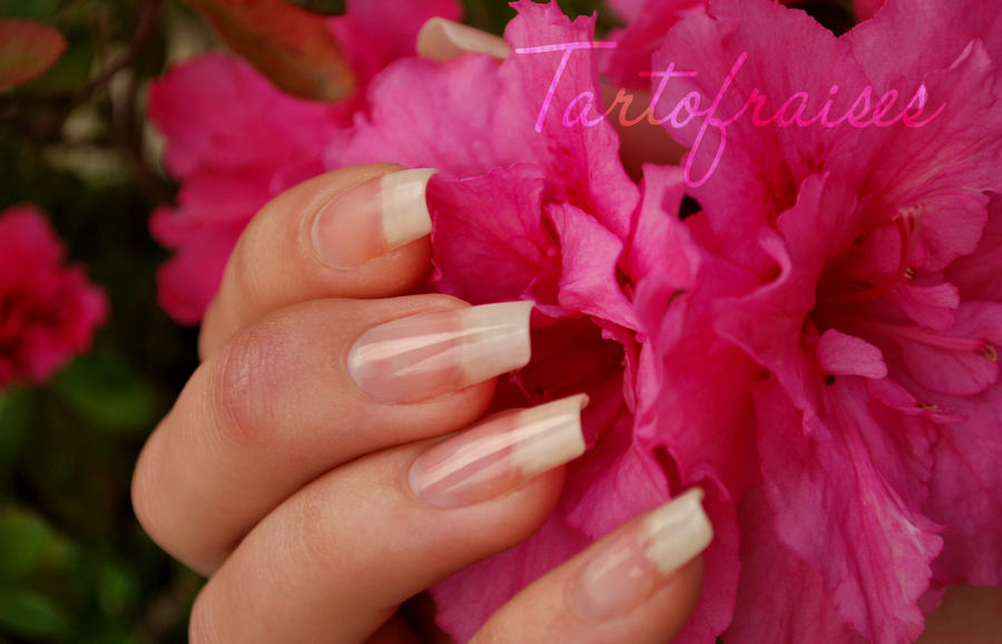 naked nails 3 by Tartofraises