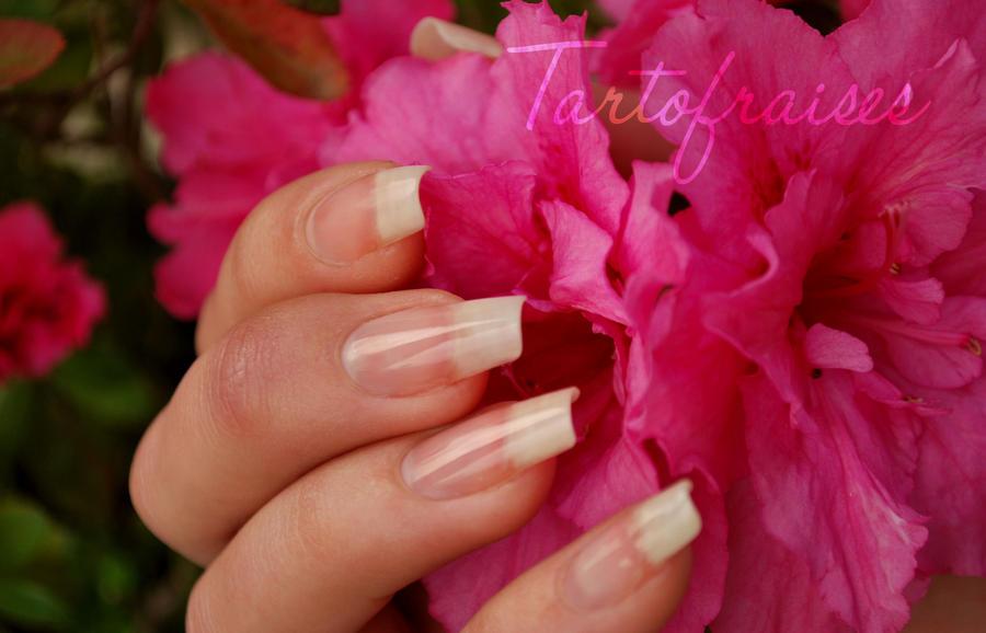 naked nails 3 by Tartofraises