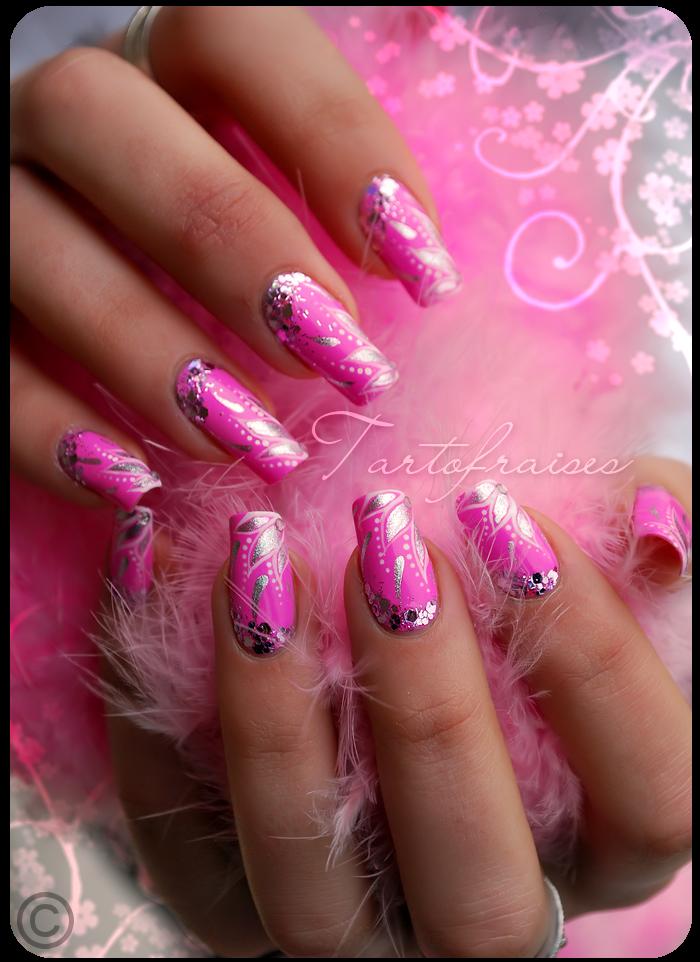Barbie nails by tartofraises on deviantart barbie nails by tartofraises prinsesfo Choice Image
